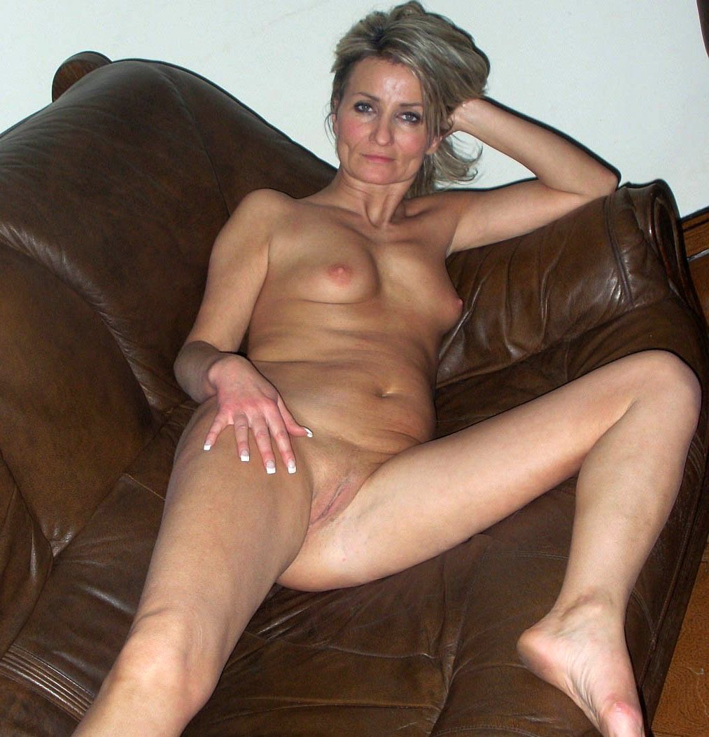free anal stretching moies