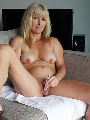 mom wants to fuck her sons friends