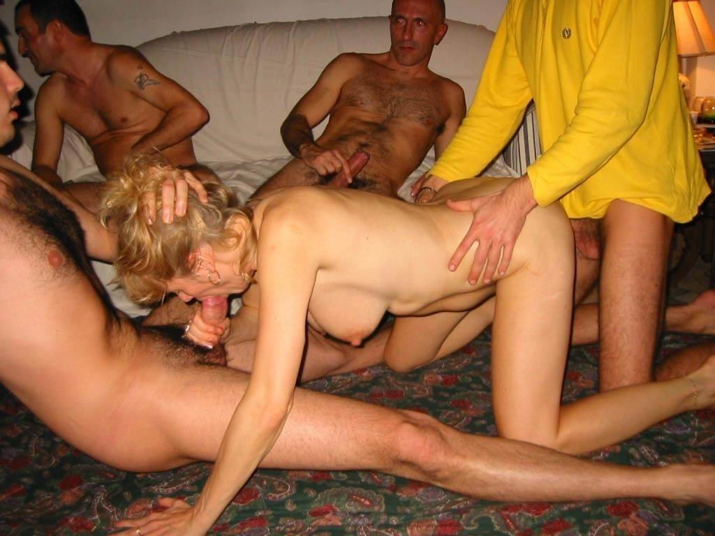 lesbian strapon fuck from behind